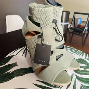 Zara army green shoes size 8